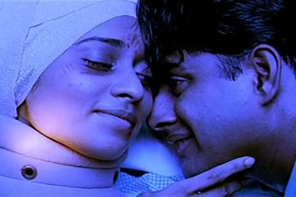 A still from Tamil film  Alaipayuthey.