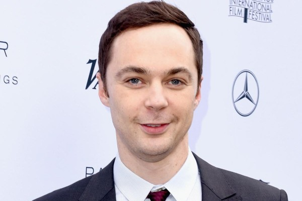 Jim Parsons doesn't know periodic table